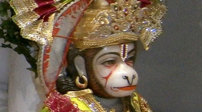 Klasse 3b lernt einen hinduistischen Tempel kennen