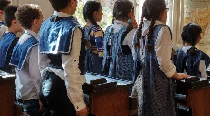 Die 4. Klassen im Schulmuseum