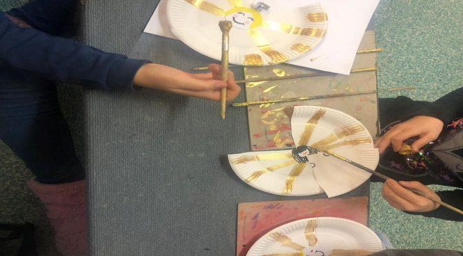 Weihnachtsbasteln in den Klassen