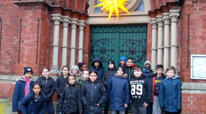 Die 4. Klassen besuchen die Kirche am Steinbeker Markt
